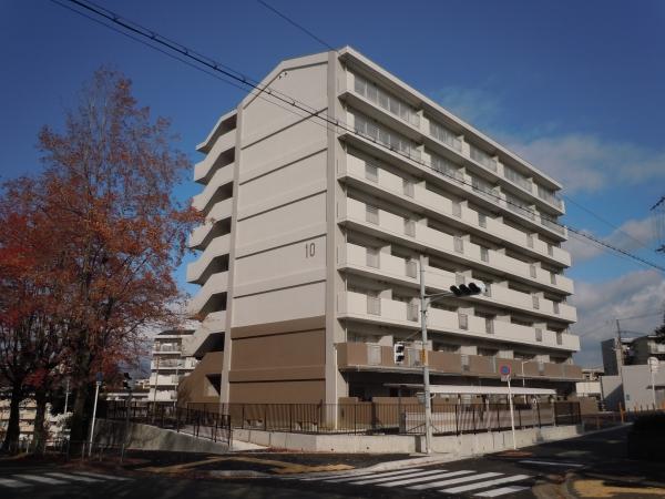 大阪府営吹田佐竹台第2期高層住宅