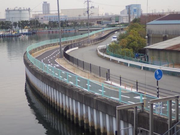 一級河川西島川防潮堤耐震補強工事(西島橋上下流右岸)